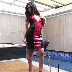 Sexy tgirl marina almeida in red and black.